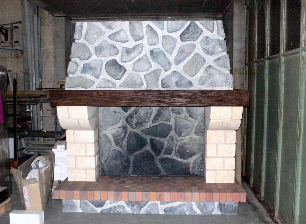 Réalisation d'une cheminée en polystyrène + projection de résine.