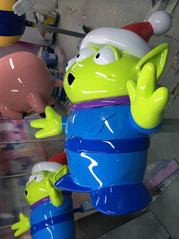 Personnage Toy Story après peinture et vernis.
